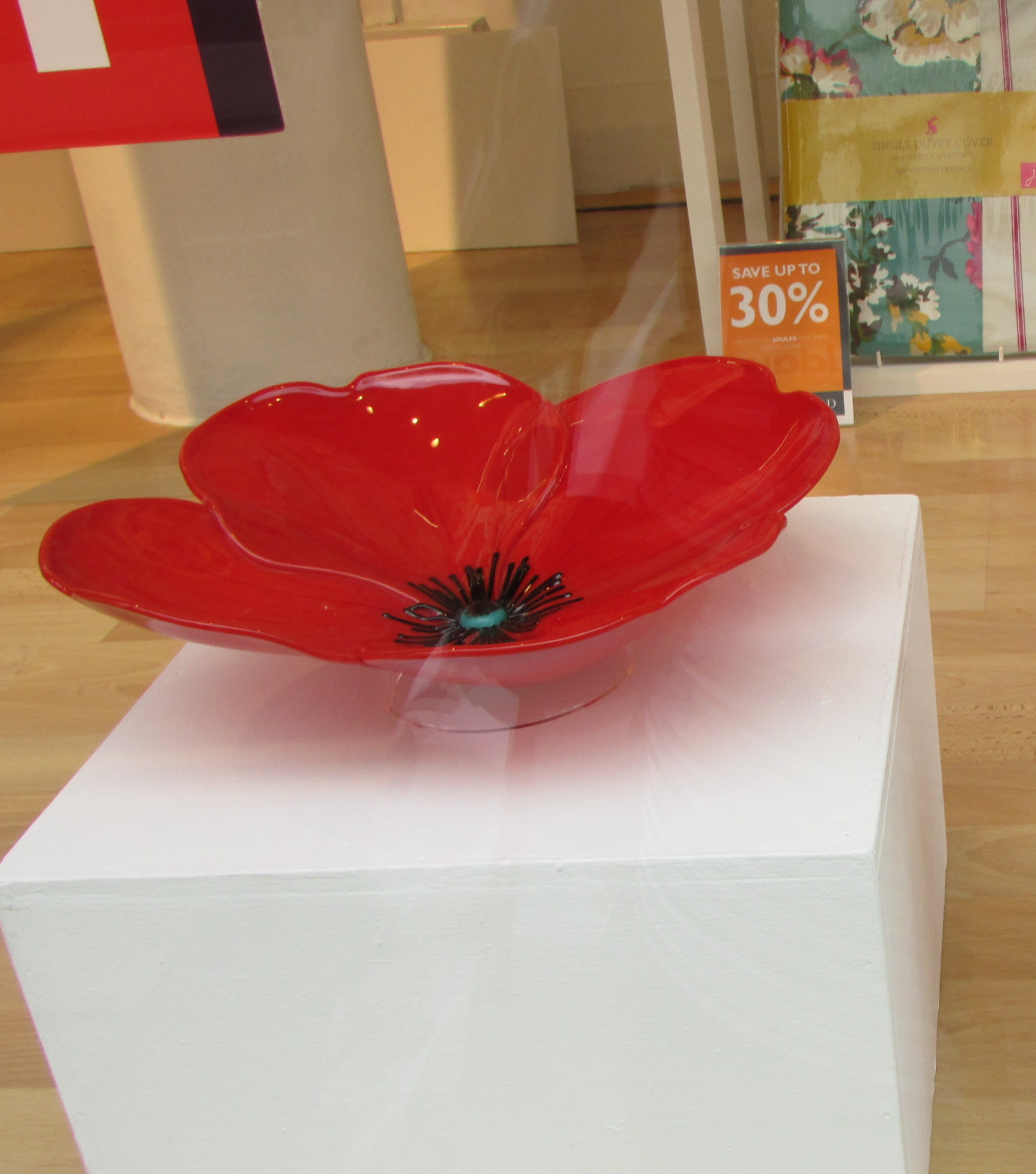 Square Events - Glass Poppy