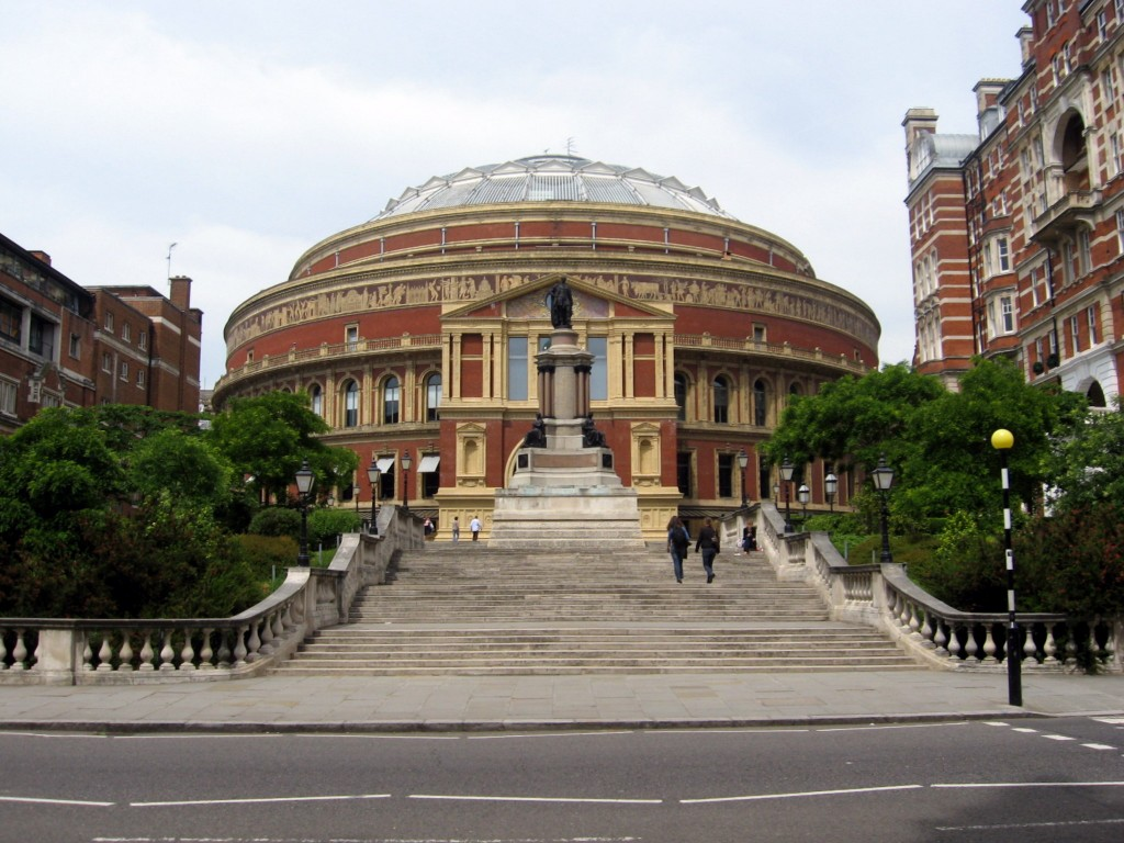 Royal_Albert_Hall,_London,_from_Prince_Consort_Road