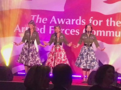 the Spinettes perform at The Soldiering On Awards