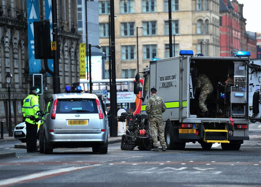 A bespoke 'Bomb Disposal Unit Experience' for up to 10 people