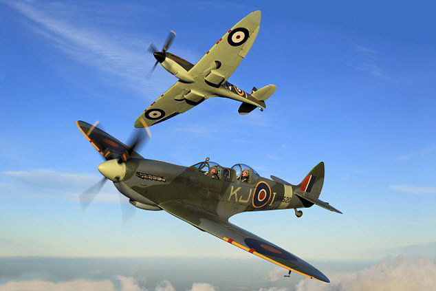 Spitfire Fighter Pilot Experience for two – Unique and incredible!