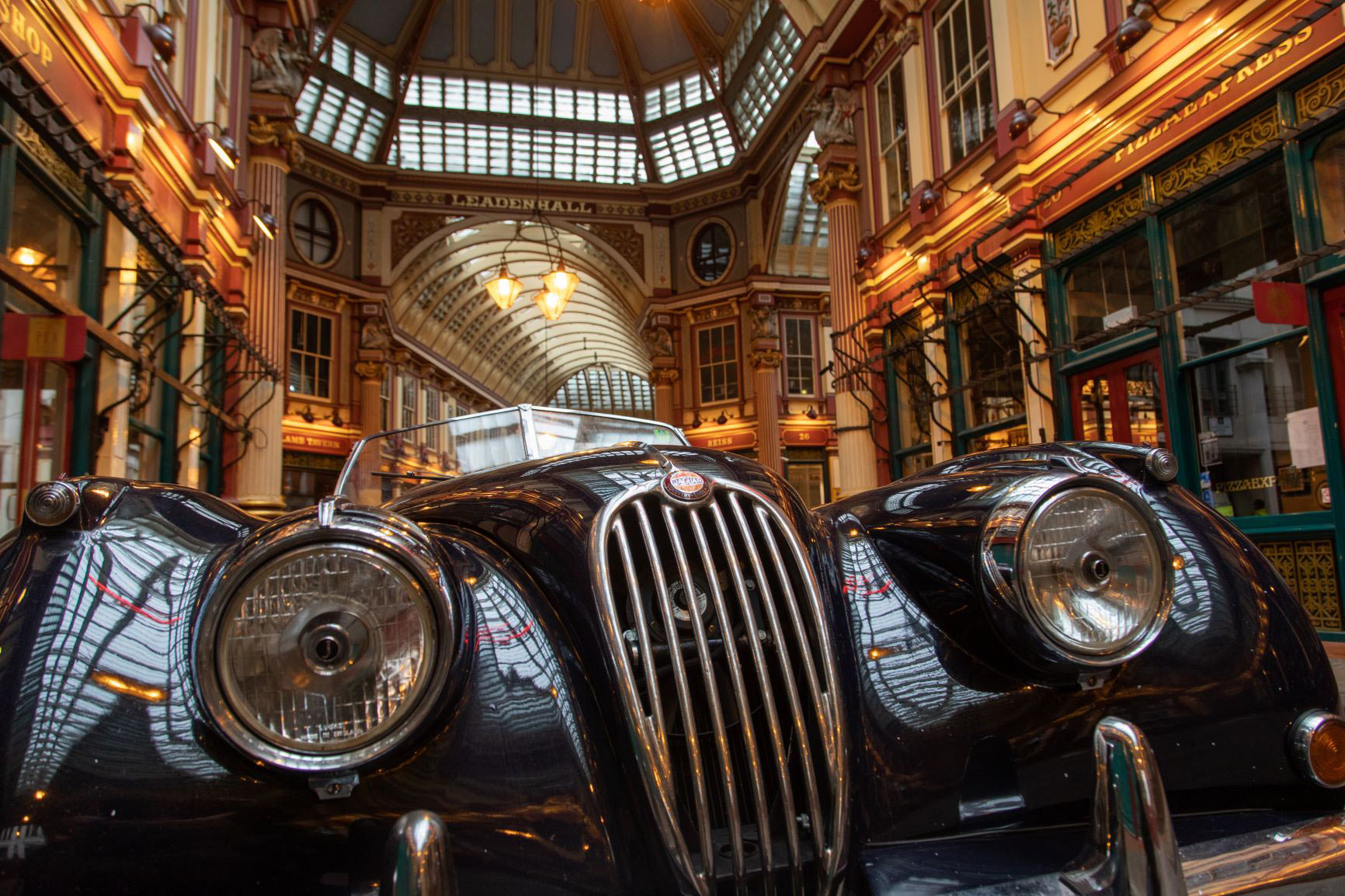 Lloyd's Classic Cars in Leadenhall Market
